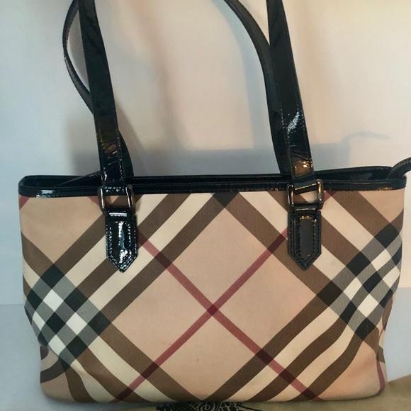 ad4644521c1c Burberry Handbags - ▫️fri sale- Burberry regent nova check tote bag